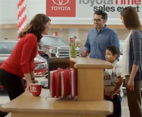 cottonelle commercial actress pregnant who is toyota jan the news wheel