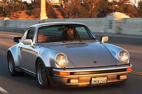 magnus walker porsche turbo magnus walker turbocharges his love for the porsche 911