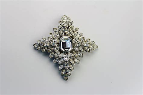 Jeweled Magnificence Kenneth by Kjl Kenneth Jacqueline Kennedy Rhinestone Maltese