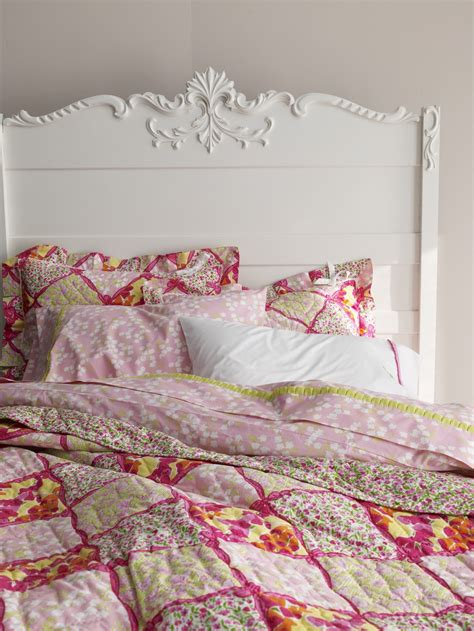 lilly pulitzer bedroom lilly pulitzer to debut bedding line for garnet hill