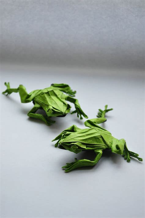 Origami Tree Frog - this week in origami july 17 2015 edition