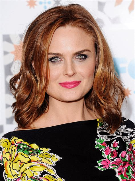 elizabeth zane actress emily deschanel photos and pictures tv guide