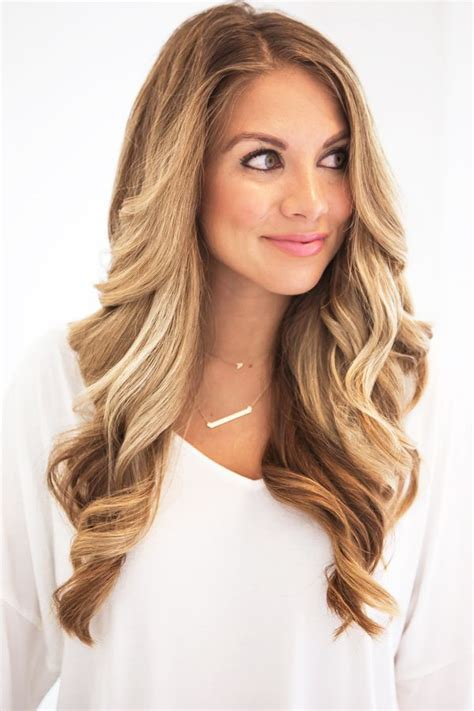 soft curl hairstyle best 25 long loose curls ideas on pinterest