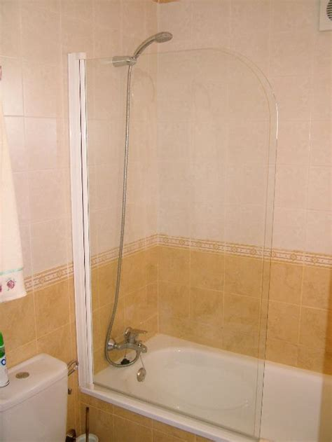 Shower Baths For Sale by Shower Screens Bath Screen For Sale