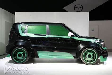 Green Lantern Kia Soul Picture Of 2012 Kia Green Lantern Inspired Soul