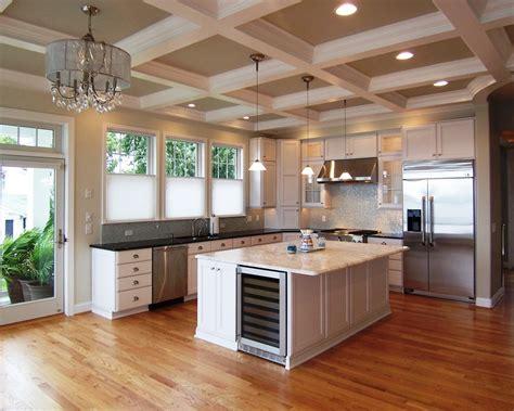 open kitchen design ideas open kitchen with ceiling beams 厨房灯池吊顶装修效果图 土巴兔装修效果图