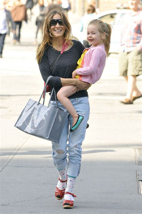 sarah jessica parker with her daughter sarah jessica parker carries her daughter in nyc zimbio