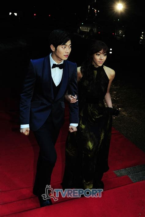 park yoon jae son eun seo looking like a couple in love mbc acting drama awards omona they didn t endless
