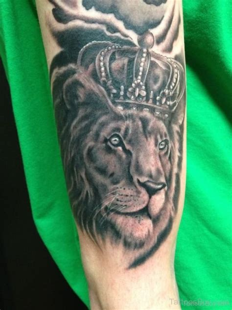lion tattoo on arm tattoos designs pictures page 5