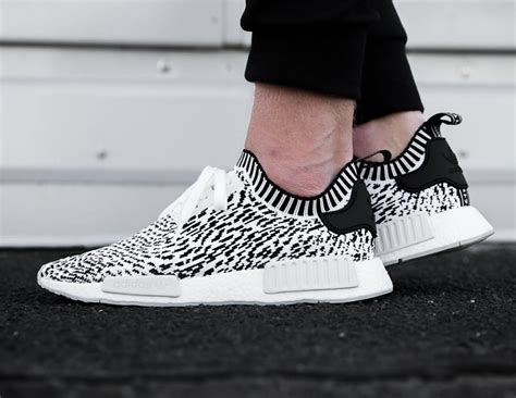 Sepatu Adidas Nmd Runner Sashiko 1 now available adidas nmd r1 zebra sashiko white kicksonfire