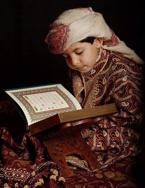photos of muslims reading quran islamicartdb
