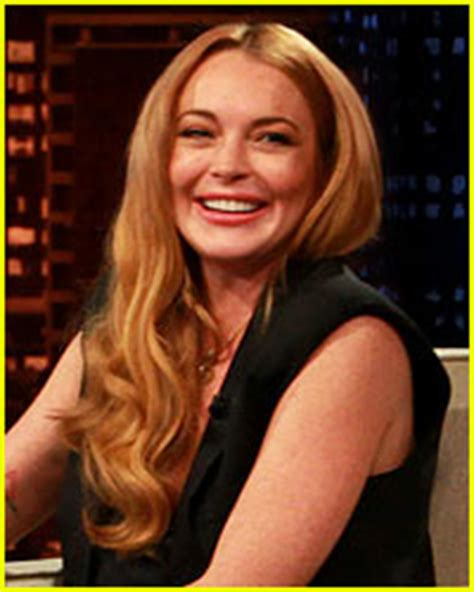 Lindsay Lohan Is Far From Sober by Lindsay Lohan S Sober Coach May Live With Lindsay