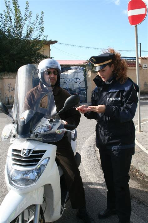 polizia municipale bologna ufficio violazioni amministrative salerno polizia locale contro infrazioni dentro salerno