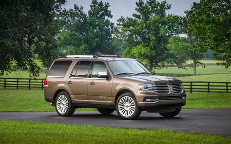 2017 lincoln navigator 4x4 price engine technical