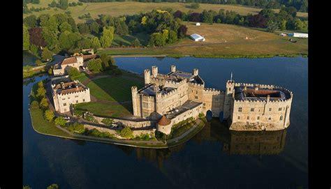 castillos y fortalezas de vea los 10 castillos y fortalezas de agua m 225 s impresionantes del mundo fotos