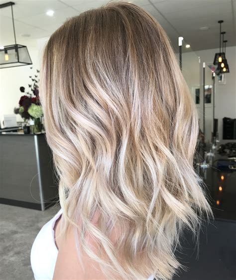 Cool ash blonde balayage colour long hair textured curls http coffeespoonslytherin tumblr com
