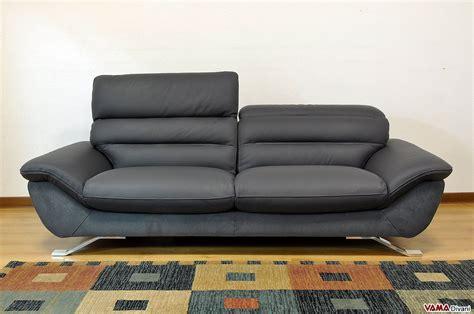 divano pelle divano moderno bianco in pelle con piedini in acciaio