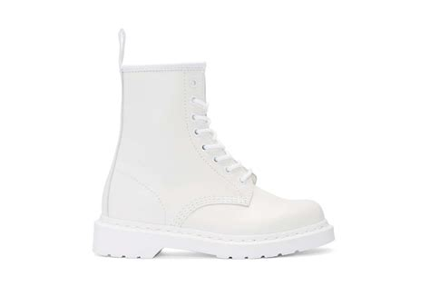 white boots white boots are the trend to wear this season