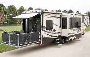 Grand design has raised the bar for toy haulers the 2014 momentum