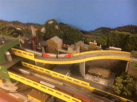 model railroader video layout tour ray houlihan layout description maine model railroad tour