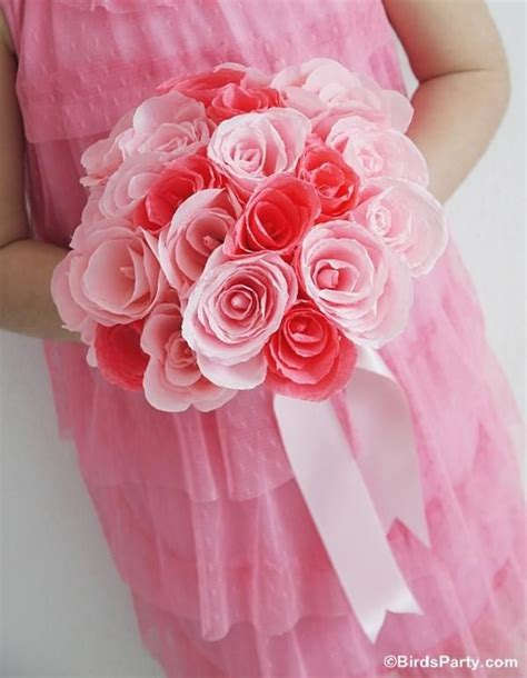 Make Crepe Paper Roses - how to make crepe paper roses for floral bouquets