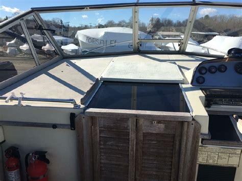 whaler power boats 1989 boston whaler 27 full cabin power boat for sale www