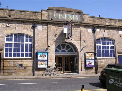 Cottage Cinema Headingley by Cottage Road Cinema In Leeds Gb Cinema Treasures