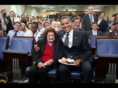 white house press corps a tribute to helen thomas american author reporter member of the white house press corps