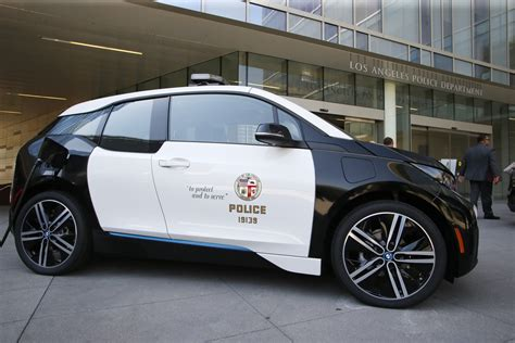 la police  buy  bmw  electric cars  department