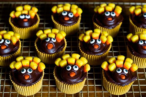 Decorate A Turkey Project 11 Awesome Cupcake Decorating Ideas Very Funny Pics
