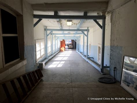Staten Island Hospital South Detox by A Look Inside The Semi Abandoned Seaview Hospital Tunnels