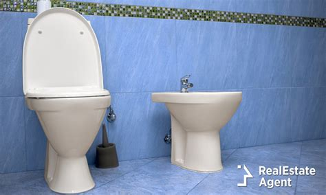 to bidet or not to bidet that is the question real - Bidet Origin