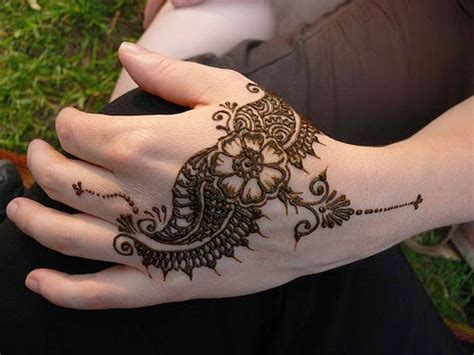 black henna tattoo design foot hand henna tattoo gallery