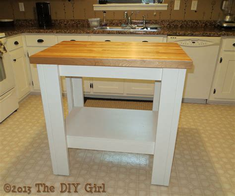 easy kitchen island building a simple kitchen island the diy girl