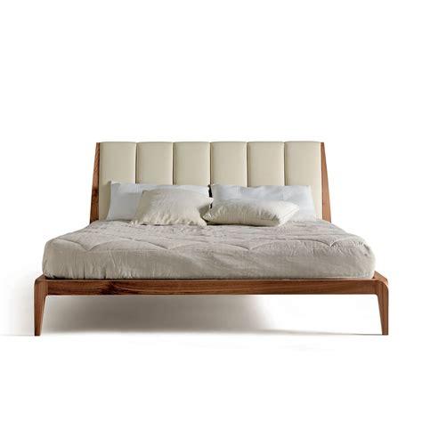 letto testiera imbottita letto in legno con testiera imbottita michiko arredaclick