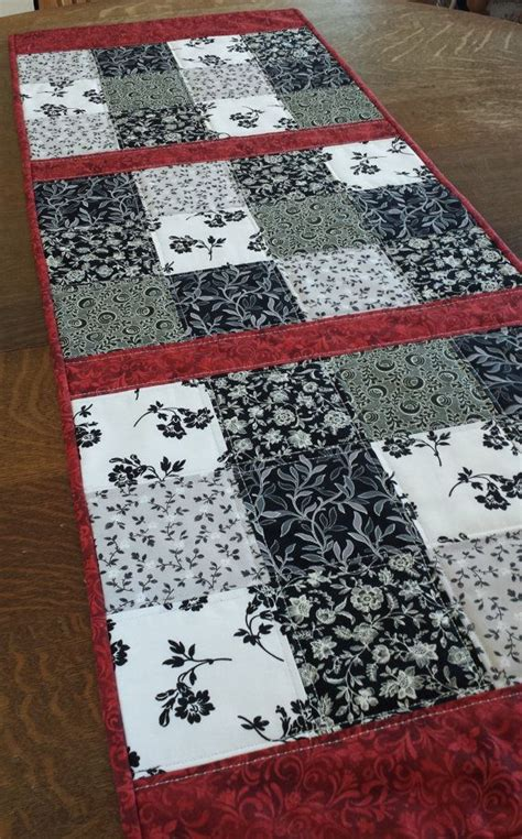 country style table runners 1000 images about patchwork on pinterest quilt log