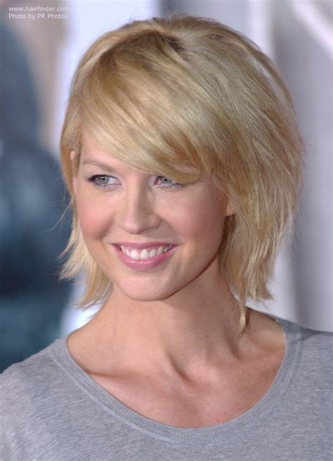 does jenna elfmans hair look better long or short jenna elfman wearing her hair in an easy to do yourself
