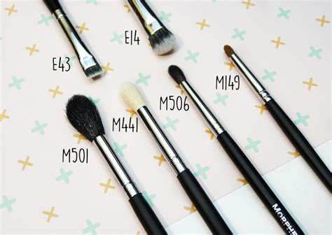 eight bit giving into the hype morphe makeup brushes
