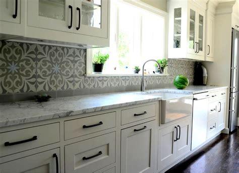 kitchen backsplashes kitchen backsplash trends grey and white 304 best countertop backsplash trends images on