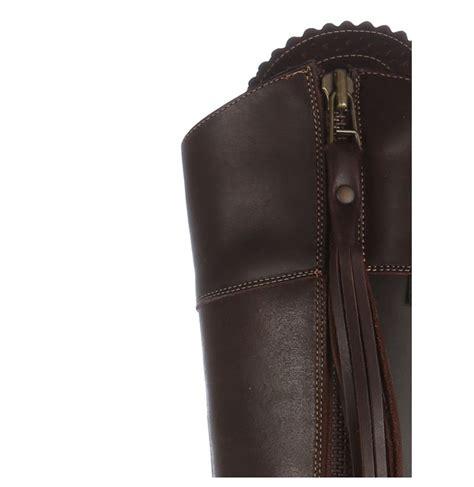 canapé cuir sur mesure bottes sur mesure en cuir marron hautes bottes artisanales
