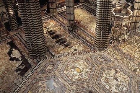 pavimenti duomo siena siena il pavimento si quot riscopre quot ecco le bellezze