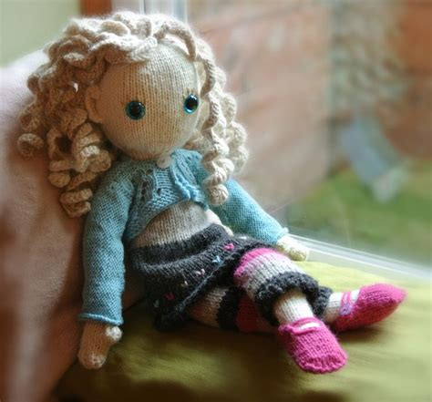 free knitting patterns for dolls clothes and toys 25 best ideas about knitted doll patterns on