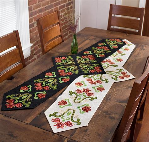 table runner pattern 7 free table runner patterns to dress up your home