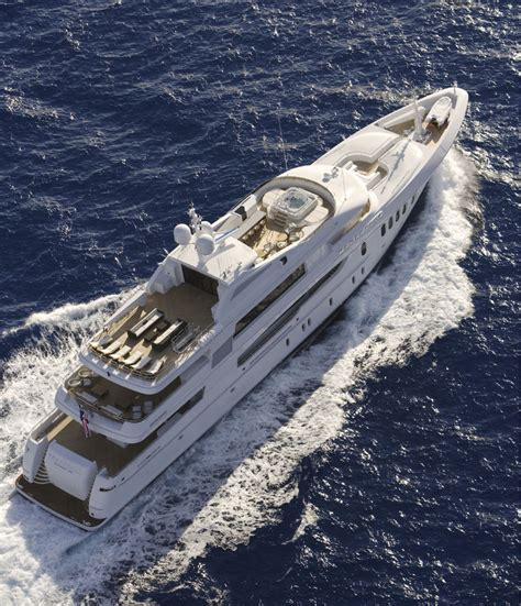 "The Simple Elegance Of Superyacht ""Bacarella"