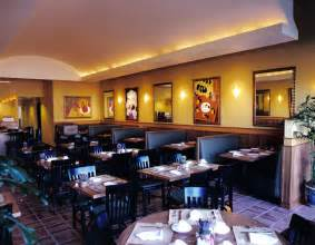 Restaurant Dining Room Layout Casual Restaurant Layout And Restaurant On