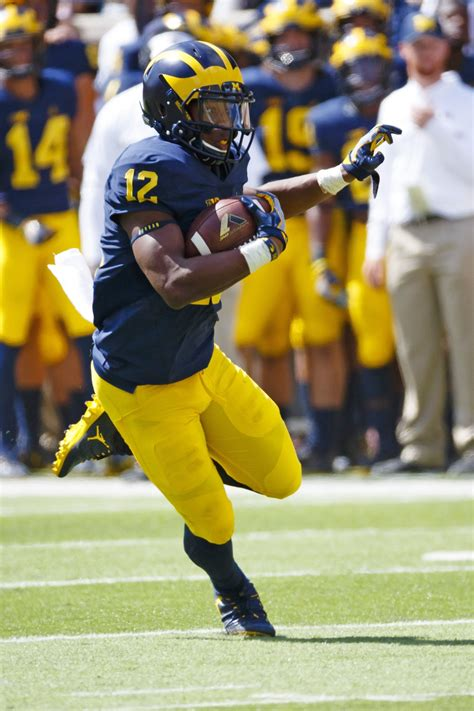 Chris Illinois Of Michigan Mba michigan names week 1 players of the