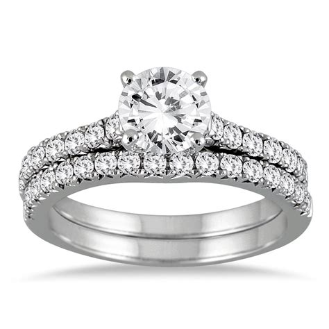 ct  solitaire engagement ring matching band