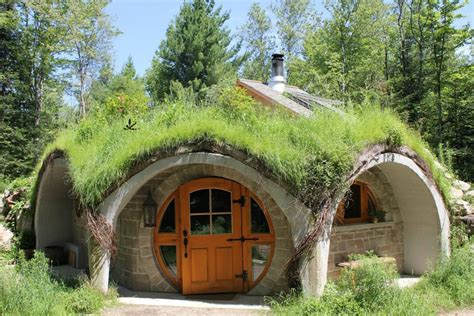 hobbit houses 7 hobbit homes around the world from the grapevine
