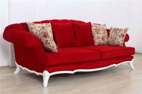 Sofa Bed Terbaru sofa tamu mewah dengan bentuk unik dengan kain merah dengan kombinasi frame putih model desain