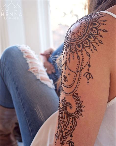 henna tattoo schweiz best 25 mandala shoulder ideas on